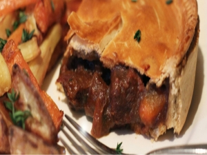 Shire Steak and Guinness Pie - Hobbit