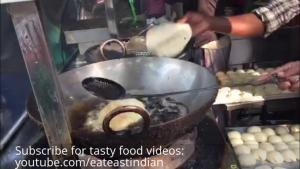 Indian Street Feed Bhaturaindian Food Videos Choley Bhature Fried Bread 1020372 By Eateastindian