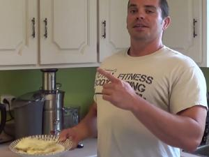 Egg White Quinoa Scramble Easy Bodybuilding Meal