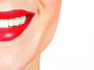 4 Secrets To Long Lasting Lipstick