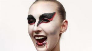 How To Do A Vampire Look 10036120 By Videojug