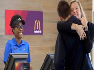 Mc Donalds Pay With Love