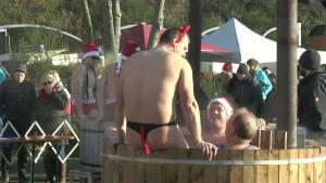Record Attendance At Icy Edersees New Years Dive