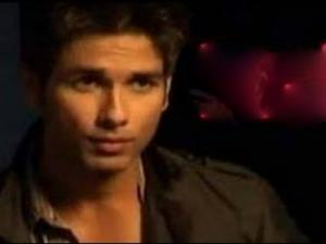 Shahid Kapoor In Kaminey 2 Uncut Interview