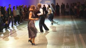Vintage Lovers Dance Their Way Back To The 1940 S