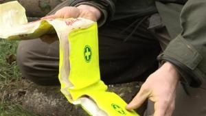 How To Gather First Aid Items For The Wilds 10042641 By Videojug