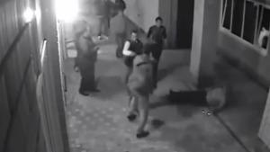 Boxer Knocks Out Gangsters After They Harassed His Wife