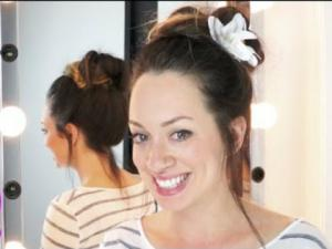 Quick And Easy Hairstyles Messy Bun Vlogtober Day 11