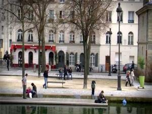 Le Canal Saint Martin Paris