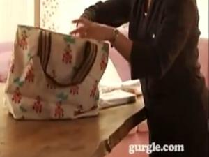 Packing A Change Bag For Taking Out Your Baby