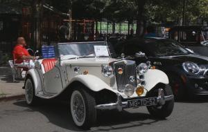 Shiny Retro Cars Take Harlem Visitors Back In Time