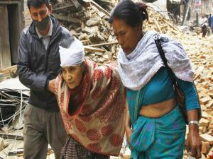 Nepal Earthquake Bruce Jenner Interview Reveals Hes A Woman