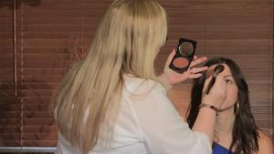 How To Apply Bronzer With A Brush 10039533 By Videojug