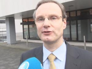 Airplane Expert Why Germanwings Crashed