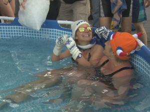 World Record Dutch Dip Into Ice Cold Water For Charity