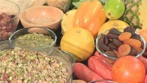 How To Eat A Diet Low In Toxins 10037494 By Videojug