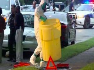 Thelip Texas Ebola Waste