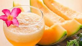 Cantaloupe Craze Smoothie