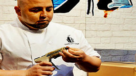 Ace of Cakes, Duff Goldman with Momma Cuisine