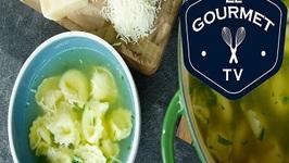 Zuppa di Tortellini (Tortellini Soup)