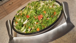 How To Make A Healthy Mixed Chopped Salad