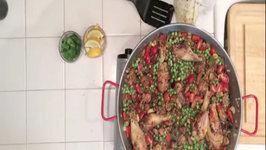 Spanish Paella con Pollo - Paella with Chicken