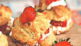 Smashing Strawberry Biscuit bites