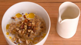Traditional Porridge with Chia and Maple Syrup