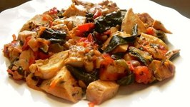 Herb Chicken with Tomato, Spinach and Basil