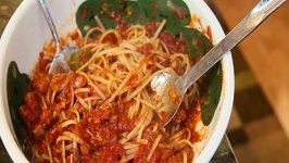 Hearty Spaghetti with Ground Sausage and Arugula Salad