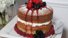 Howdini Cakes Buttermilk Cake with Mascarpone Cream and Berries