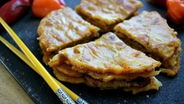 Kimchi Curry Pancakes - Easy Korean Food