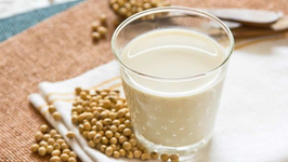 Fresh Homemade Soy Milk
