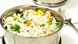 Vegetable Pulav Recipe in 15 Mins - Microwave Veg Pulao - Quick Indian Main Course