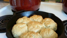 Soft Yeast Pan Rolls