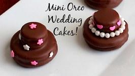 Mini Oreo Wedding Cookie Cakes DIY Wedding Favors