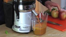 Kuvings Centrifugal Juicer Review - Carrot Spinach Apple Juice