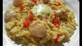 Pan Seared Sea Scallops with Garlic Aioli Orzo