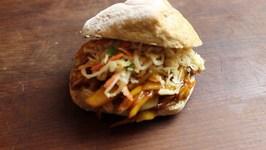 Pulled Jackfruit Burger- Vegan Pulled Pork