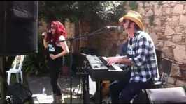 Ao vivo no Festival Primavera in Black, em Hospitalet de Llobregat
