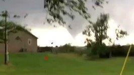 Large Tornado Reported Near Oklahoma Town of Waynoka