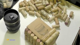 WINE CORK CONTAINER  GIFT IDEA  UPCYCLE CRAFTS