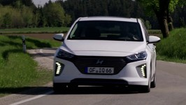 2017 Hyundai IONIQ Plug-In Hybrid PHEV Review and Driving Report