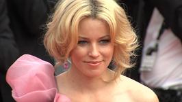 Elizabeth Banks confirmed to direct Charlies Angels reboot