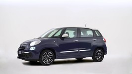 The new Fiat 500L with Uconnect