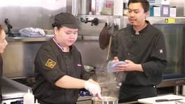 Hawaiian Grown Kitchen - Noi Thai Cuisine - Segment 2