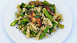 Brown Rice Pasta with Asparagus Shiitakes Pesto and Cheese