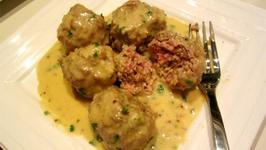 Meatballs in Potato Mushroom Sauce