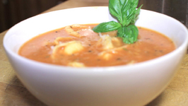 Tomato and Tortellini Soup