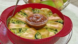 Spinach and Potato Crescent Roll Ring - Mother's Day Brunch Special